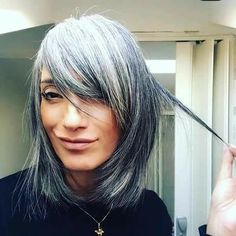 Long Silver Hair, Silver White Hair, Long Gray Hair, Silver Cat, Grey Hair Styles For Women, Short Hair Styles, Grey Curly Hair, Grey Hair With Bangs, Grey Hair Transformation