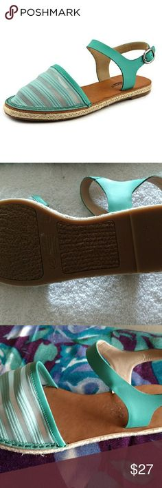 Lucky Brand Romania 2 sandals Green leather & mesh round toe almost loved. Lucky Brand Shoes Sandals