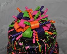 This was a 3 tier cake for a sweet sixteen birthday, top red velvet, middle chocolate, bottom vanilla. Covered in fondant with gumpaste and edible glitter accents. The 'paint splatter' was RI thinned enough to splatter, but thick enough to stay. Neon Birthday Cakes, Birthday Cake Girls, Birthday Ideas, Teen Birthday, Husband Birthday, 13th Birthday, Birthday Bash, Birthday Parties, Happy Birthday