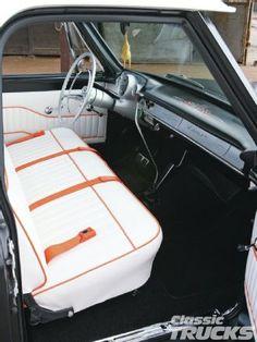 1106clt 07 +1968 Chevrolet C10+seats