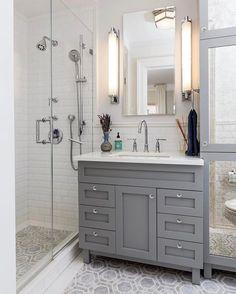 54 Ideas apartment bathroom vanity subway tiles for 2019 White Beveled Subway Tile, White Subway Tile Bathroom, Subway Tiles, Gray And White Bathroom Ideas, Classic Bathroom, Modern Bathroom, Small Full Bathroom, Minimalist Bathroom, Design Bathroom
