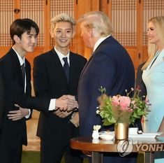 Thien Tuyet~ (EXO at the evening cocktail reception with President Moon and President Trump) <The Nation's Pick, EXO> Trump Daughter, Kim Jongdae, Exo Fan, Kim Junmyeon, Exo Chanyeol, Exo Ot12, Evening Cocktail, Bridesmaid Dresses, Wedding Dresses