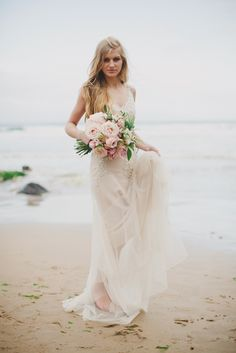 love and the shoreline   www.paulaohara.com   flowers by floralearth   styling by Alise Taggart   dresses by Ivory&Pearl