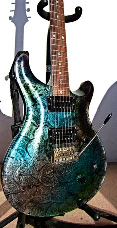 Rare and unique 1988 Standard 24 with Moons in a Multifoil finish