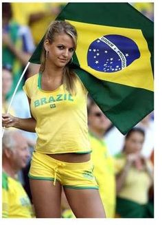 FIFA World Cup starts today and here is a huge sexy World Cup fans post. Sexy girls from all over the world. Enjoy FIFA World Cup starts today and here is a huge sexy World Cup fans post Hot Football Fans, Football Girls, Soccer Fans, Soccer World, Football Ads, Fans Sports, Female Football, Brazil World Cup, World Cup 2014