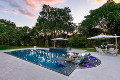 South Florida Perimeter Overflow Pool Designer