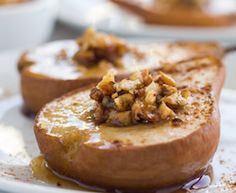 Healing Powers of Pears Healing Powers of Pears Cinnamon Baked Pears with Toasted Walnuts Detox Recipes, Raw Food Recipes, Healthy Recipes, Detox Foods, Healthy Foods, Medium Recipe, Baked Pears, Roasted Pear, Food Articles
