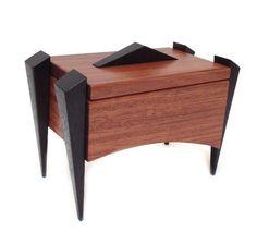 Kovecses Woodworking - Chic Keepsake Box