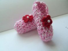 Pink and White Crochet Baby Booties. by Roxana010 on Etsy, $10.00
