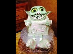 Box Troll (shoes) Cake in Butter Cream- Cake Decorating