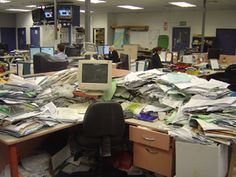 Does your desk look like this? Organize your genealogy with Evernote. Learn how…