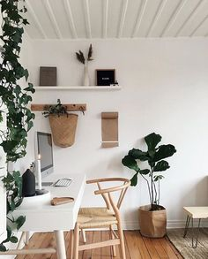 Home office inspiration. Home Office Space, Home Office Design, Home Office Decor, Home Bedroom, Bedroom Decor, Ideas Para Organizar, Aesthetic Bedroom, New Room, Minimalist Home