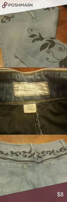 COLDWATER CREEK Jeans Light denim with black embroidery on front /back and bottom of one leg 12 Petite EUC no stains or holes ..sorry I know holes are in style for some jeans:) Coldwater Creek Jeans Boot Cut