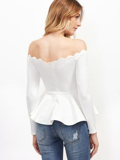White scallop off the shoulder peplum top maos in 2019 блузк White Peplum Tops, White Tops, Day To Night Dresses, Long Blouse, Pattern Fashion, Blouses For Women, Fashion Dresses, Cute Outfits, Clothes