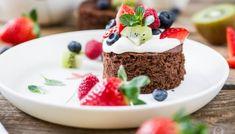 Tutti Frutti Brownie Cakes - süßes Früchtchen küsst saftigen Schokokuchen... [Werbung]