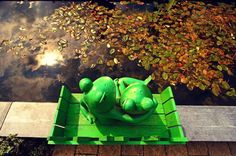 Hugging frogs are in love by sharethebeauty on Etsy, $19.00