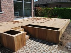 Wooden terrace: let your imagination run wild the plantations have Steep Gardens, Back Gardens, Front Deck, Back Patio, Natural Swimming Ponds, Wooden Terrace, House Deck, Modern Farmhouse Exterior, Decks And Porches
