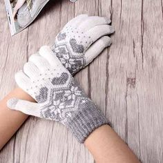 Hot Accessories Adult Girls F Gloves Unisex Stretch Male Knitted Gloves For Women Heart Snowflake Mittens Female Gloves