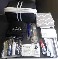 A review of United's 777-200 Polaris product. What should you expect from the seats, food, drinks, service, entertainment, etc.?
