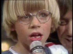 Rolf und seine Freunde - Und ganz doll mich 1982 Videos, Youtube, Glasses, Songs, Friends, Musik, Eyewear, Eyeglasses, Eye Glasses