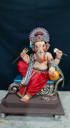 Shri Ganesh Images, Ganesha Pictures, Clay Ganesha, Ganesha Art, Lord Ganesha Paintings, Lord Shiva Painting, Ganpati Bappa Wallpapers, Happy Ganesh Chaturthi Images, Ganesh Lord