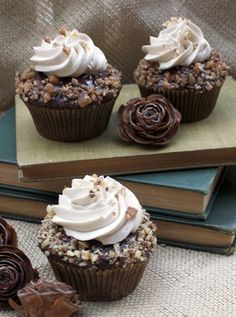 Toffee Chocolate Cupcakes