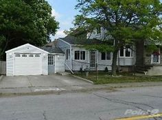 Homes for Sale in Downtown, Niagara Falls, Ontario $178,000 St. Catharines Ontario image 1