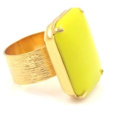 Vintage Chartreuse and Gold Ring