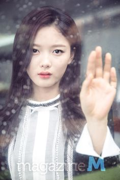 #2015 #M #Magazine #KimYooJung #김유정 #金裕貞 #Fashion #Pretty #Girl #Beautiful #Korean #Actress #AngryMom #TheMoonEmbracingTheSun #Inkigayo #SBS #MBC #KBS #TVN #Kpop