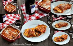 Stracci di Antrodoco - a typical Italian recipe from the ancient town of Antrodoco: thin frittatas filled with meat sauce, mozzarella and Pecorino Romano. Vegetable Puree, Meat Sauce, Frittata, Mozzarella, Family Meals, Pasta Recipes, Italian Recipes, Carrots, Oven