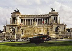 Monumento a Vittorio Emmanuele II (Rome). It was built to honour Vittorio Emmanuele, the 1st king of a unified Italy. It was inaugurated in 1911 and completed in 1935.