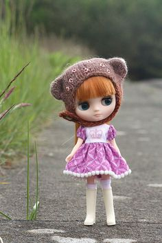 you can post all your pics of Middie Blythe :o) Cute Dolls, Blythe Dolls, Crochet Hats, Teddy Bear, Madness, Middle, Board, Modern, Inspiration