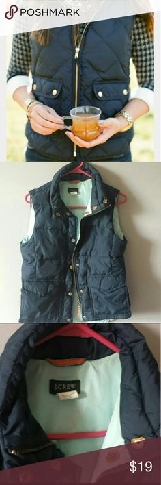 J.crew padded vest size xs First picture doesn't belong to me  Size xs fits on small but will be tight  Light weight vest Very durable Love these but I already bought new one Price is firm J. Crew Jackets & Coats Vests