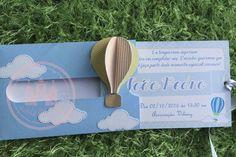 Convite deslize tema balão encantado    Papel canson gramatura 180, balão em 3D     tamanho do convite interno 8,2 x 12,7 cm     Leia a politica da loja  Arquivo da Silhouette Brasil    4 - PRAZO DE PRODUÇÃO Nosso prazo de produção é de até 20 dias após aprovação da prova digital, mas pode variar...