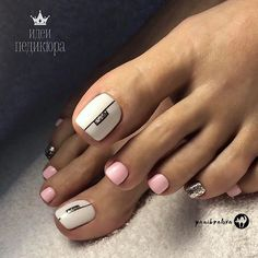 40 Toe Nail Designs Beautiful and nourished feet are a must have. Take a closer look at our suggestions for cute toe nail designs that will complement every outfit this summer. Pedicure Colors, Pedicure Designs, Manicure E Pedicure, Toe Nail Designs, Pedicure Ideas, White Toenail Designs, Nails Design, Pretty Toe Nails, Cute Toe Nails