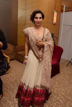 Manish Malhotra womens indian wedding anarkhali Dia Mirza