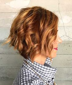 Popular short wavy hairstyles & short hairstyles for wavy hair Short Wavy Haircuts, Short Hairstyles 2015, Bob Hairstyles For Thick, Haircut For Thick Hair, Cool Haircuts, Layered Hairstyles, Hairstyles Haircuts, Stacked Haircuts, Blonde Hairstyles