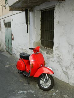 Scooters of Minori, Italy
