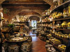 Omg..a whole store filled with Italian pottery! I would be in there all day....