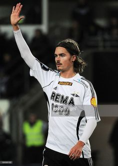 93085133-mikael-lustig-of-rosenborg-bk-during-the-gettyimages.jpg (726×1024)
