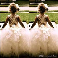 Adorable for my wedding . Flower girl in a tutu! My flower girl will be doing this! Ivory Flower Girl Dresses, Flower Girls, Girls Dresses, Perfect Wedding, Dream Wedding, Wedding Day, Wedding Photos, Wedding White, Wedding Stuff