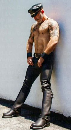 As the title of my site says, I'm a leather bootlicker in Nebraska. I'm into boots, leather, and. Leather Fashion, Leather Men, Leather Boots, Black Leather, Tight Leather Pants, Leder Outfits, Sexy Beard, Hairy Men, Gorgeous Men