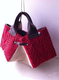 お花の様な編み目のかぎ針編み Knit Bagknitted