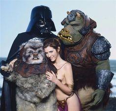 Sesión fotográfica en la playa que hizo la revista Rolling Stone en 1983, con Carrie Fisher promocionando El Retorno del Jedi