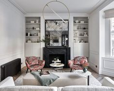 An Edwardian apartment in London with a Parisian feel   Homes & Gardens Living Room Designs, Living Room Decor, Living Spaces, Living Rooms, Small Living Room Storage, Long Narrow Rooms, Small Sitting Rooms, Long Room, Construction