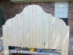 Make A Headboard From Fence Pickets For Under $50