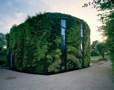 ECO CHIC/GREEN: House in the Outskirts of Brussels. 4/14/2012 via @Architizer DotCom