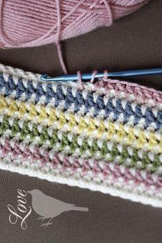 Vintage Stripe Crochet Pattern - so pretty! #crochet #blanket