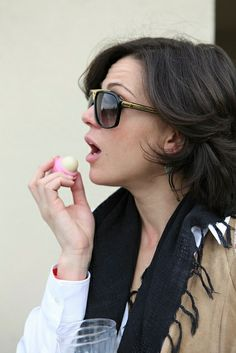 Lana Parrilla I want the sunglasses and the scarf
