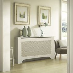 Mayfair Large White Radiator cover - B&Q for all your home and garden supplies and advice on all the latest DIY trends Radiator Covers Ikea, Radiator Heater Covers, Kitchen Radiator, Painted Radiator, Stair Paneling, Flur Design, Designer Radiator, Hallway Designs, Radiators